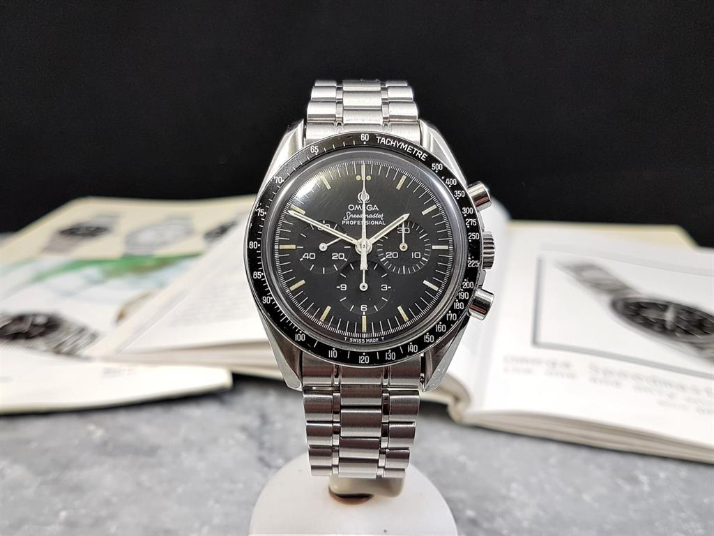 1_omega-speedmaster-moonwatch-145022-1984-1