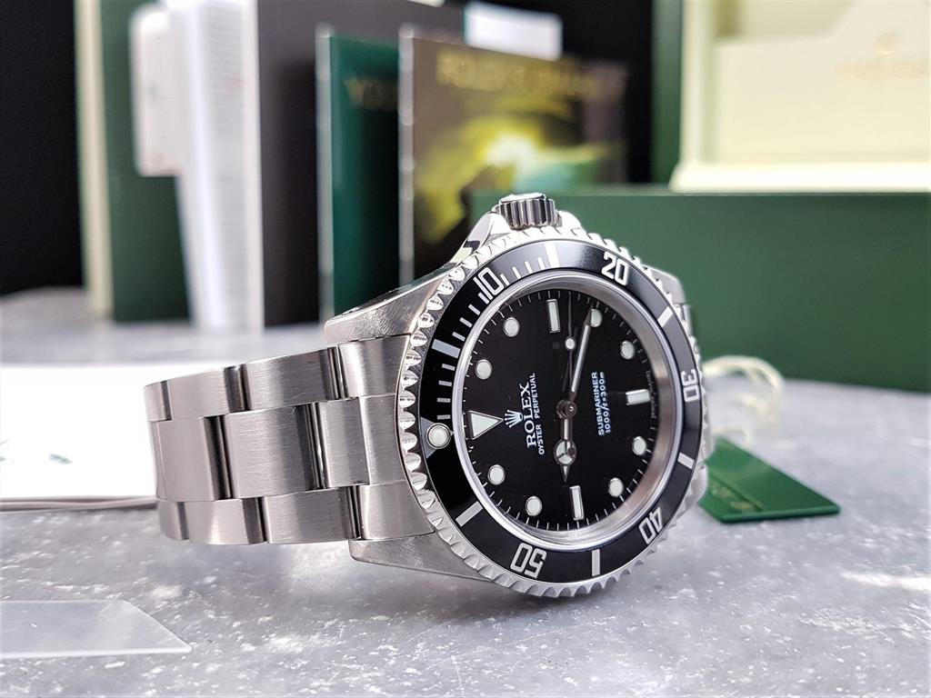 1_rolex-submariner-no-date-14060m-2005-dserial-10
