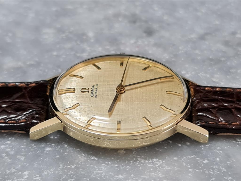 omega-gents-watch-14k-gold-automatic-ref-14786-cal-552-leather-strap-1962-3