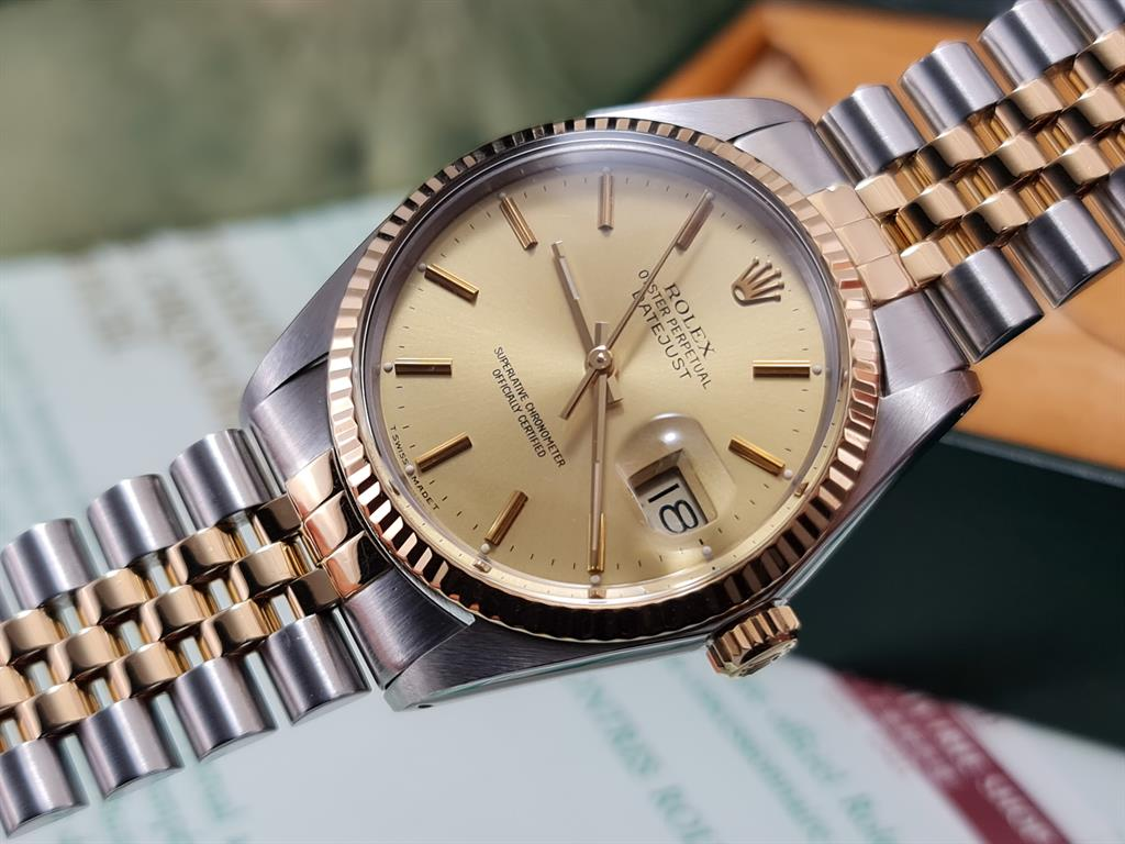 rolex-datejust-16013-steel-gold-champagne-dial-jubilee-1987-11