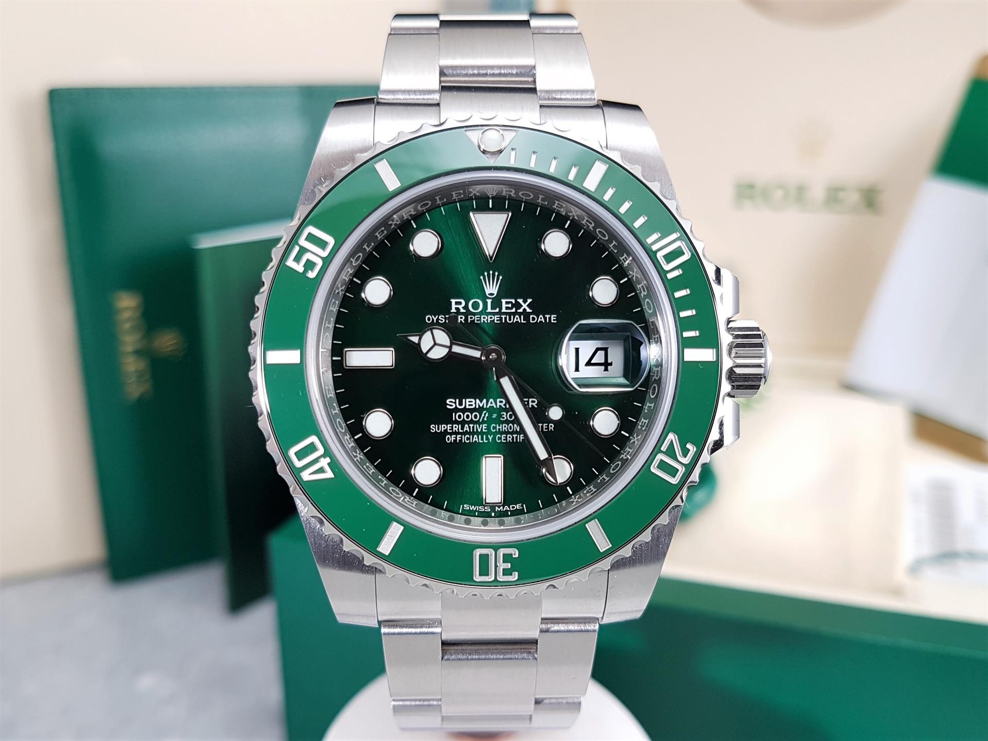 Rolex Submariner Date 116610lv Hulk Green Bezel Dial